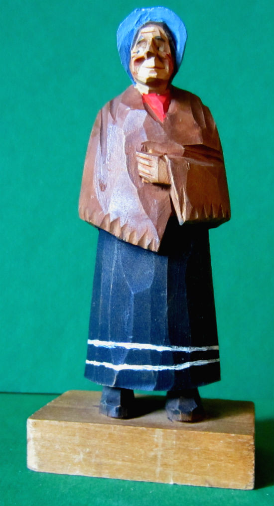 Gerald 'Pat' Hannah. Verdun, Quebec. Carving of a Quebec Woman. Image: Mark Zannis.