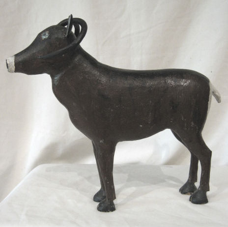 Black Sheep. Arthur Bouchard. Sculptor. Baie-Saint-Paul Quebec.