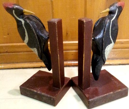Yvon Gamache. Sculptor. Pintendre, Quebec. Woodpeckers.