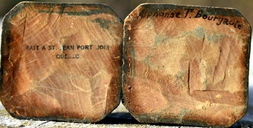 Alphonse Toussaint Bourgault. His mark in script.
